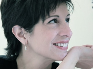 Interview:up close and personal with the creator of 40notes, Miriam Vareldzis